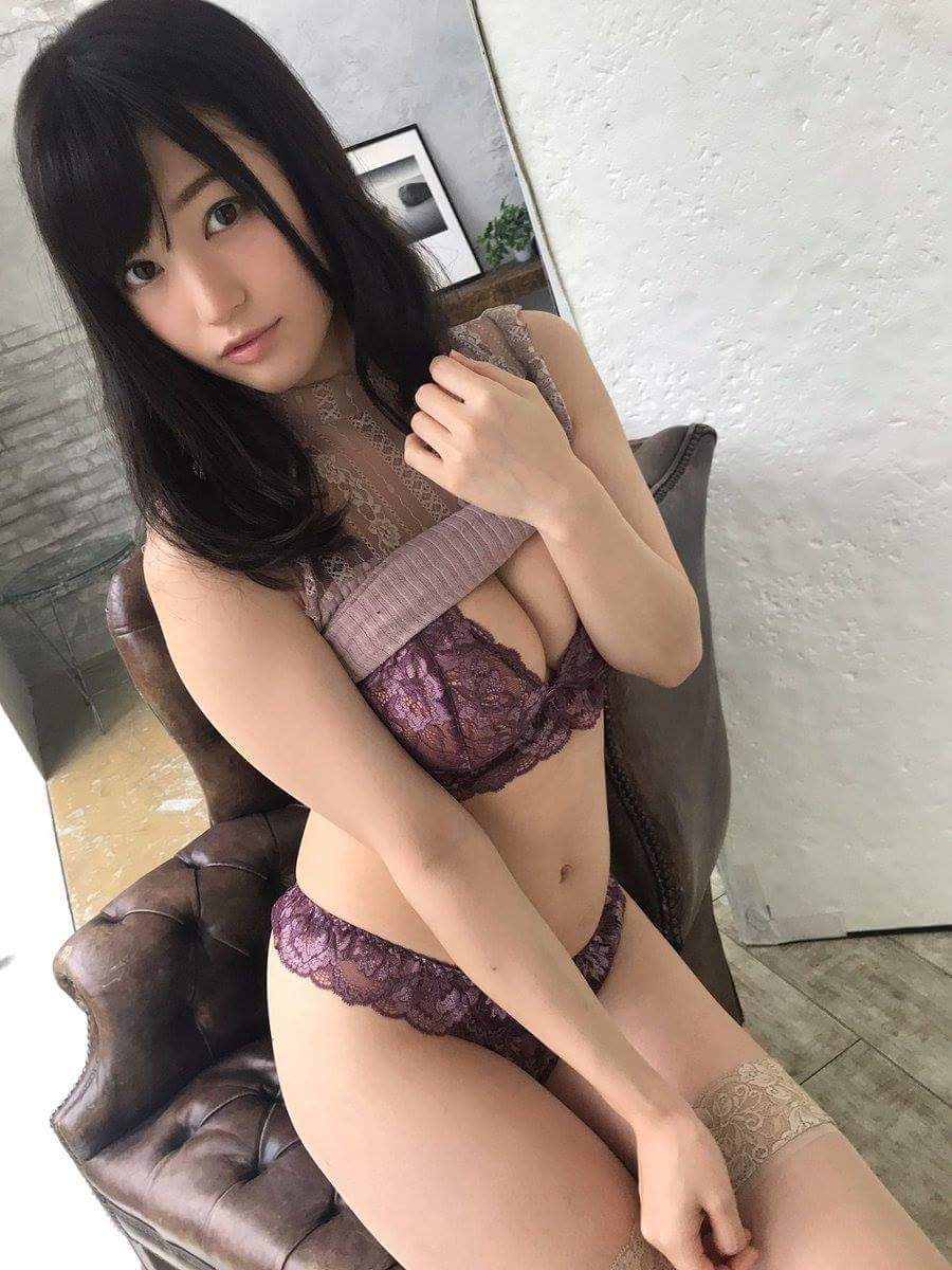 Qing: Chat with her