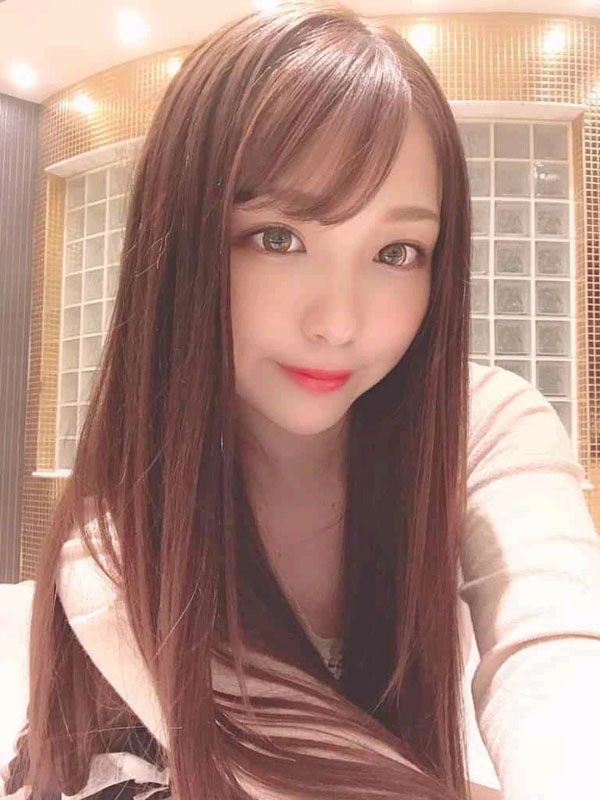 Huizhong: Chat with her